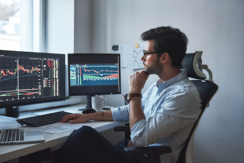 Perbedaan antara Investasi Saham dengan Trading Saham yang ...